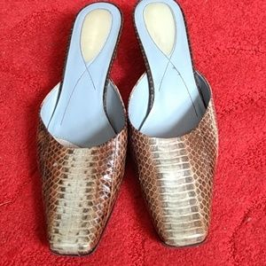 Leather snakeskin print  mules